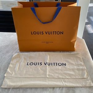 Louis Vuitton: Large Gift Bag + Large Dust Bag